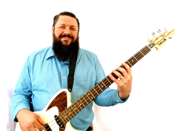 Ryan Byrne | Electric Bass Guitar Teacher | Knoxville TN